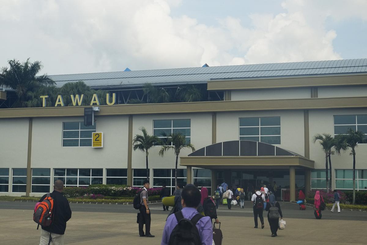 Tawau Airport arrival