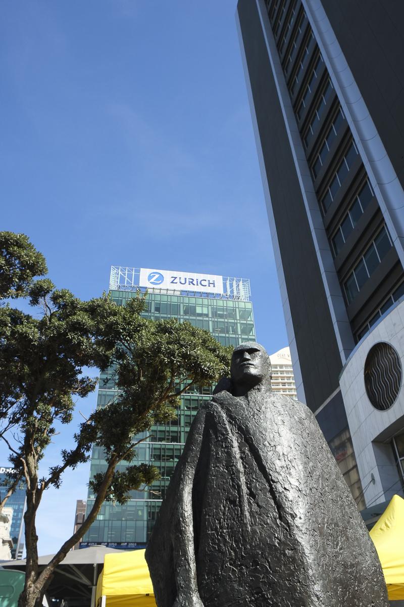 Auckland Statue