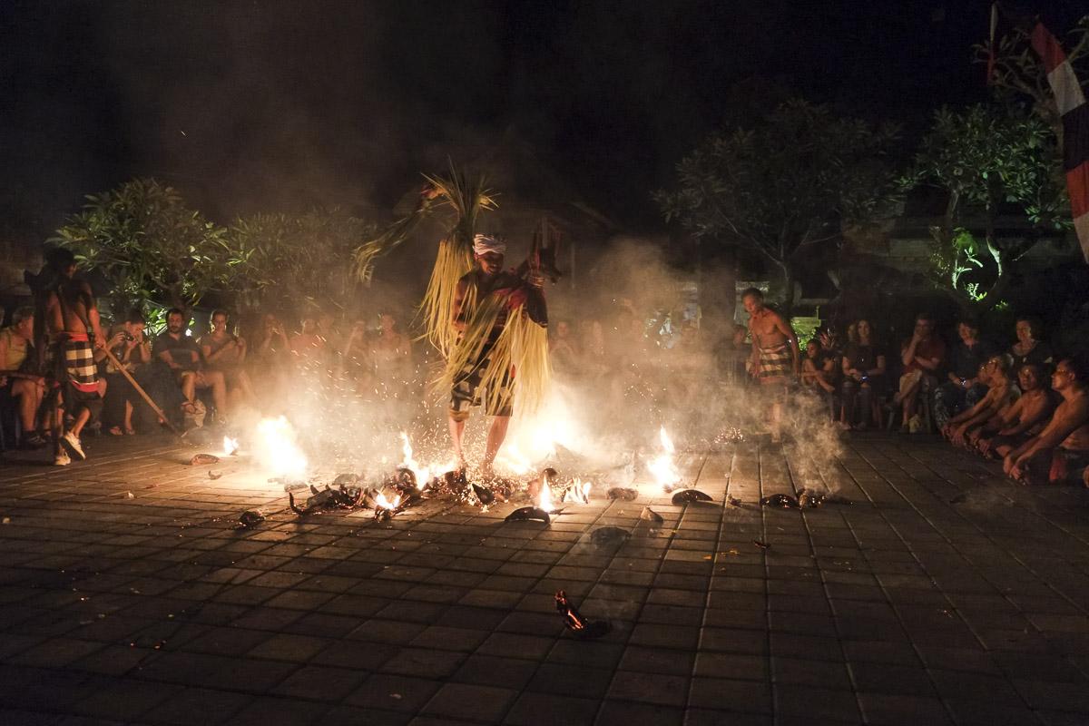 Ubud Kecak Fire Walking
